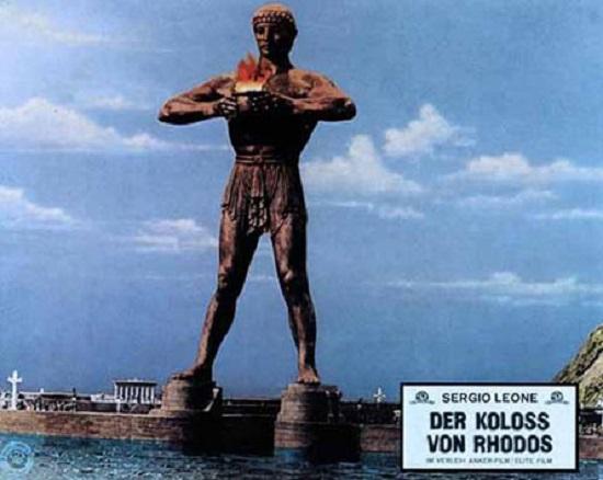 Representación del Coloso de Rodas en la película del mismo nombre de Sergio Leone