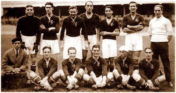 Fotografía de la Selección española de fútbol en 1920