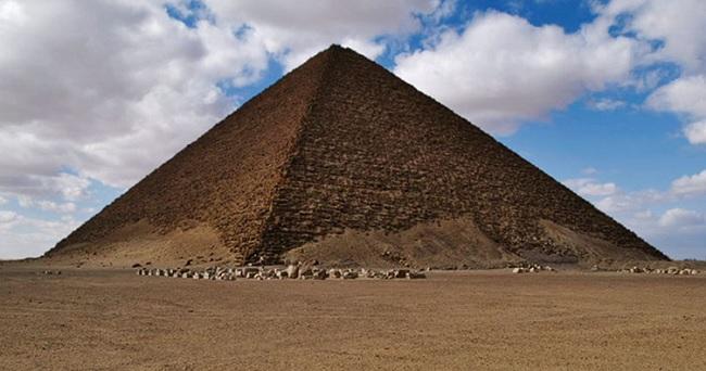 La Pirámide Roja de Seneferu en la actualidad
