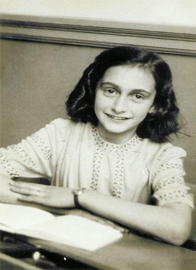 Ana Frank a finales de 1941