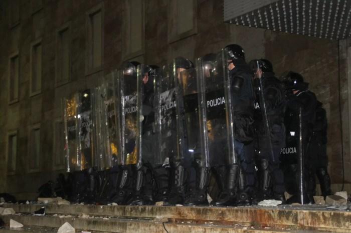 Dhuna dhe arrestimt nga policia në protesta/ Këshilli i Europës reagim të ashpër ndaj autoriteteve shqiptare