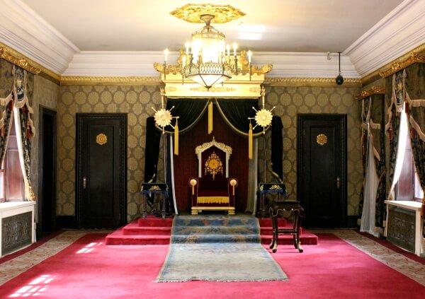sala-trono-emperador-manchuria-1