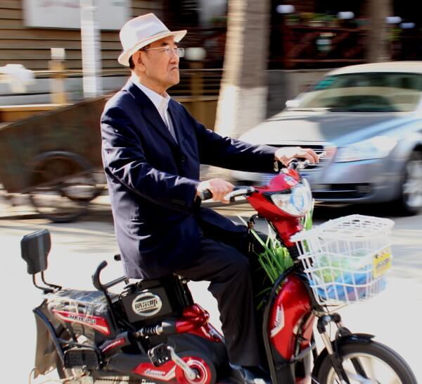 10 ideas (no tan) descabelladas para vender la moto a los chinos