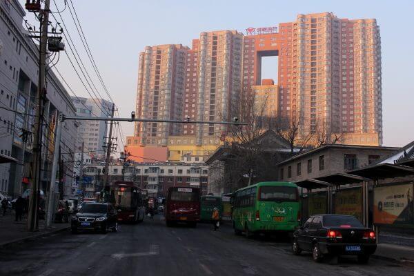 edificio-hueco-changchun-1