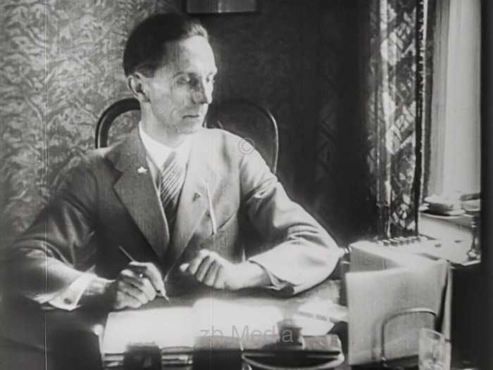 Josef Goebbels, Berlin 1930