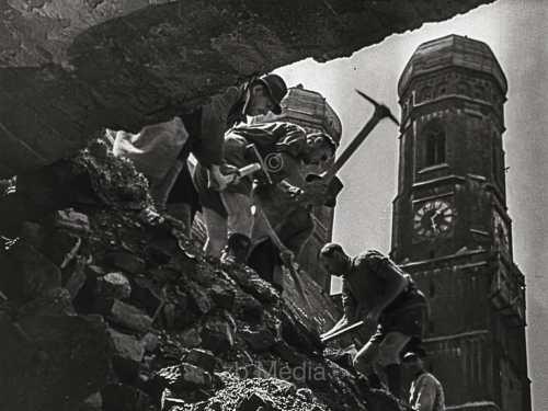 Frauenkirche, Munich Summer 1946