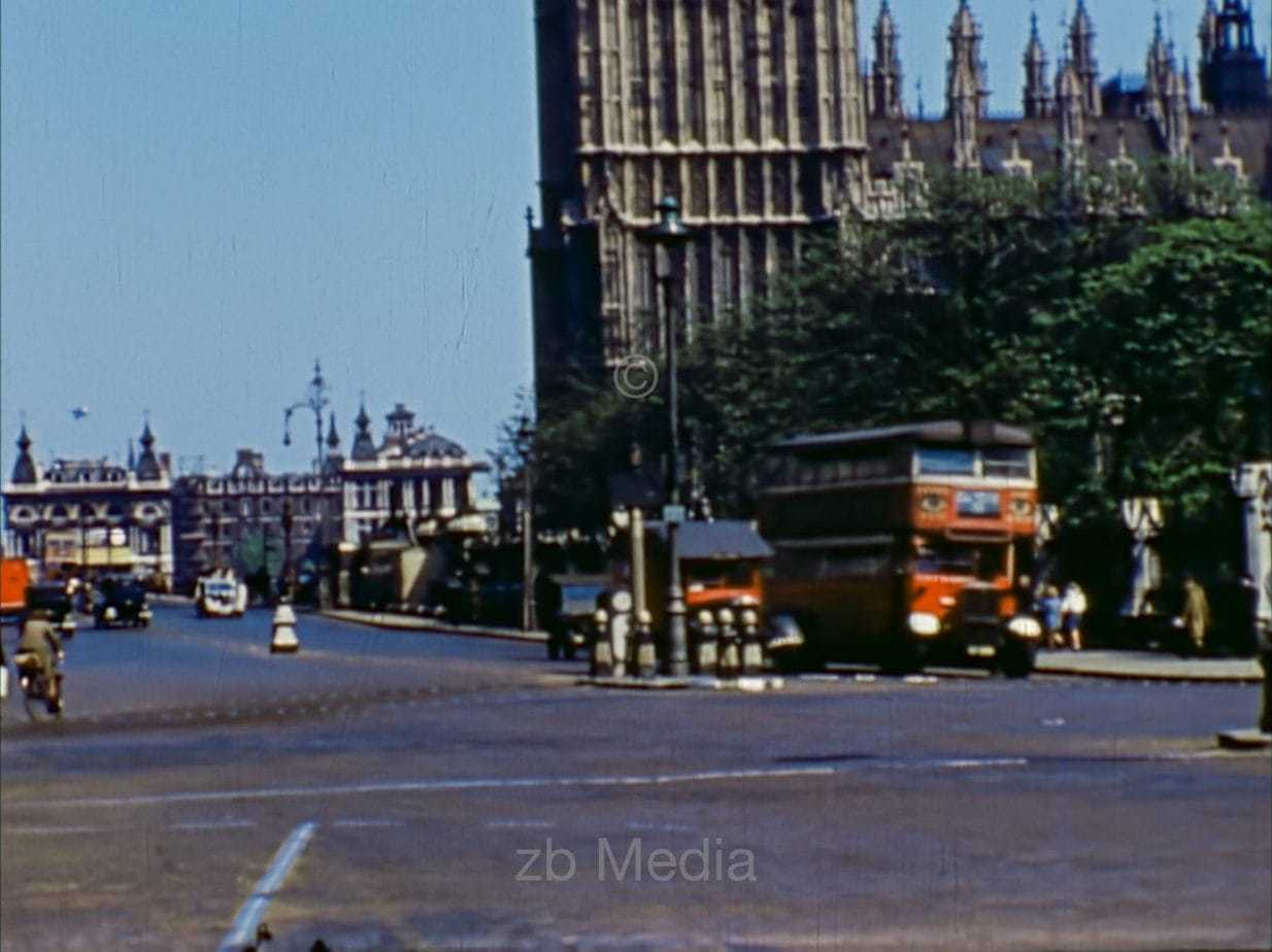 House of Parliament, London, Mai 1944