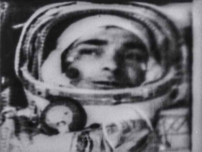 Fernsehfunkbild Valeri Bykowski im Raumschiff