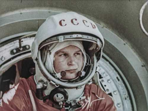 Valentina Tereschkowa steigt in Vostok 6 Raumschiff