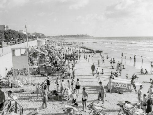 Badestrand von Tel Aviv 1935