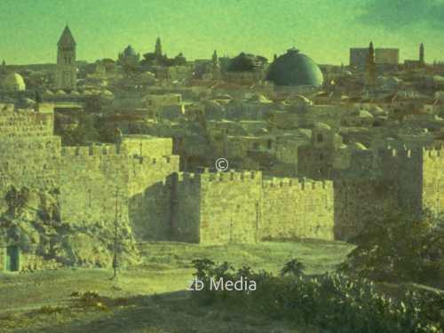 Jerusalem von Gordon's Kalvarienberg 1935