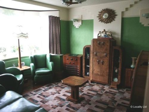 suburban 1930s living room