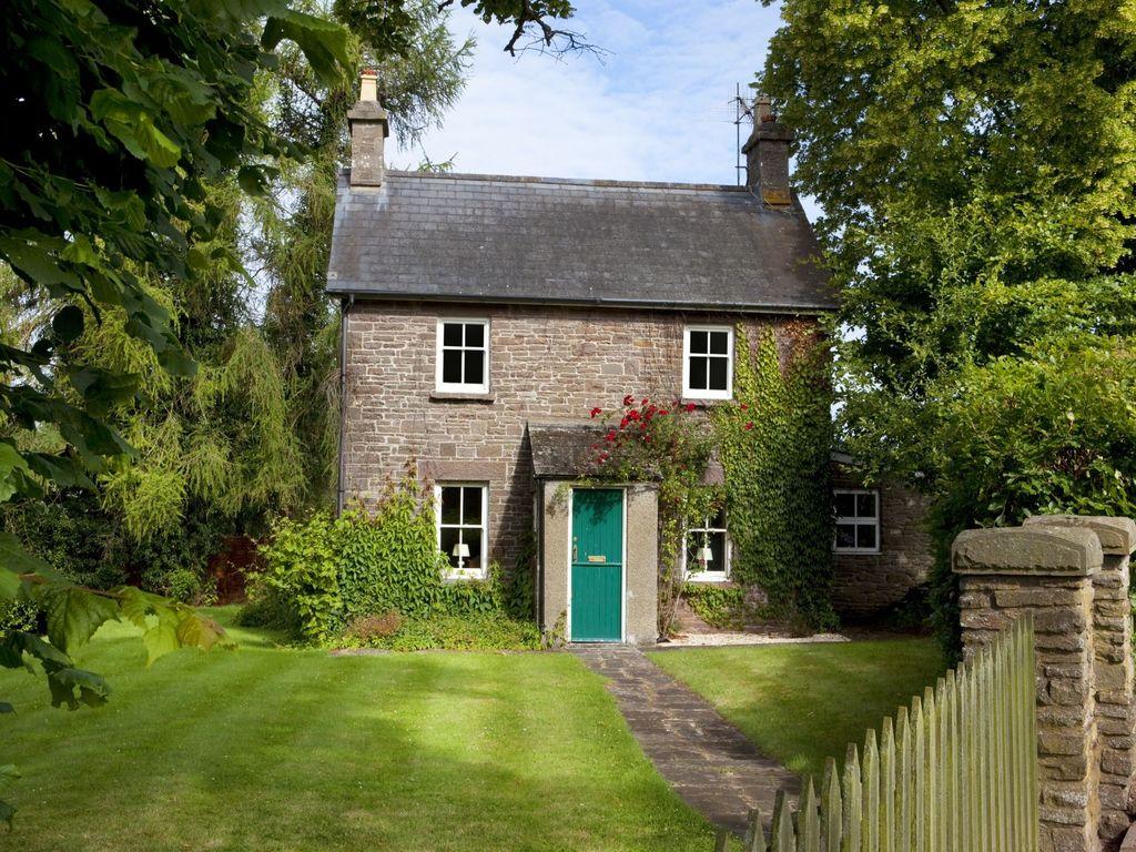 Fabulous Cottage Doors Doors With A Unique Charm And History Historic Doors Blog Door Handles Collection Dhjemzonderlifede