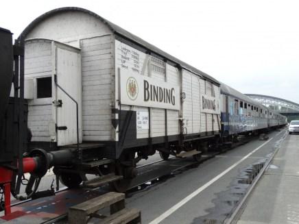 binding-lager-wagen-historischen-eisenbahn-801480