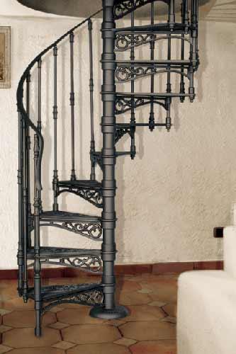 Nostalgische Wendesltreppe mit 120 cm Durchmesser mit und ohne Treppenrckwand sowie whlbar mit