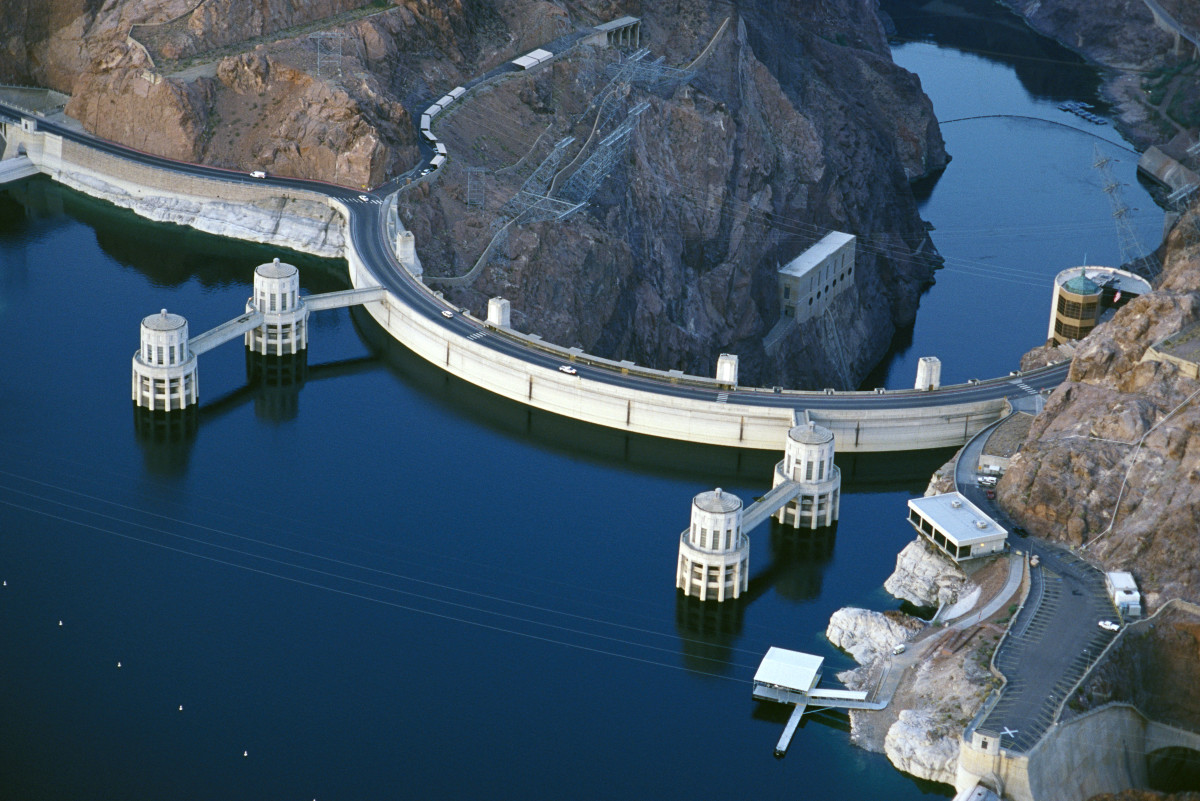 hight resolution of hoover dam