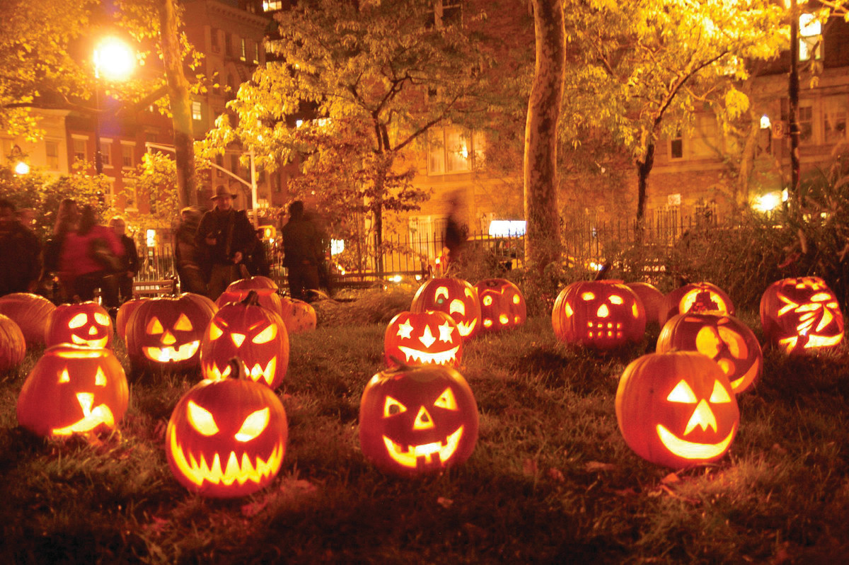 halloween traditions and costumes