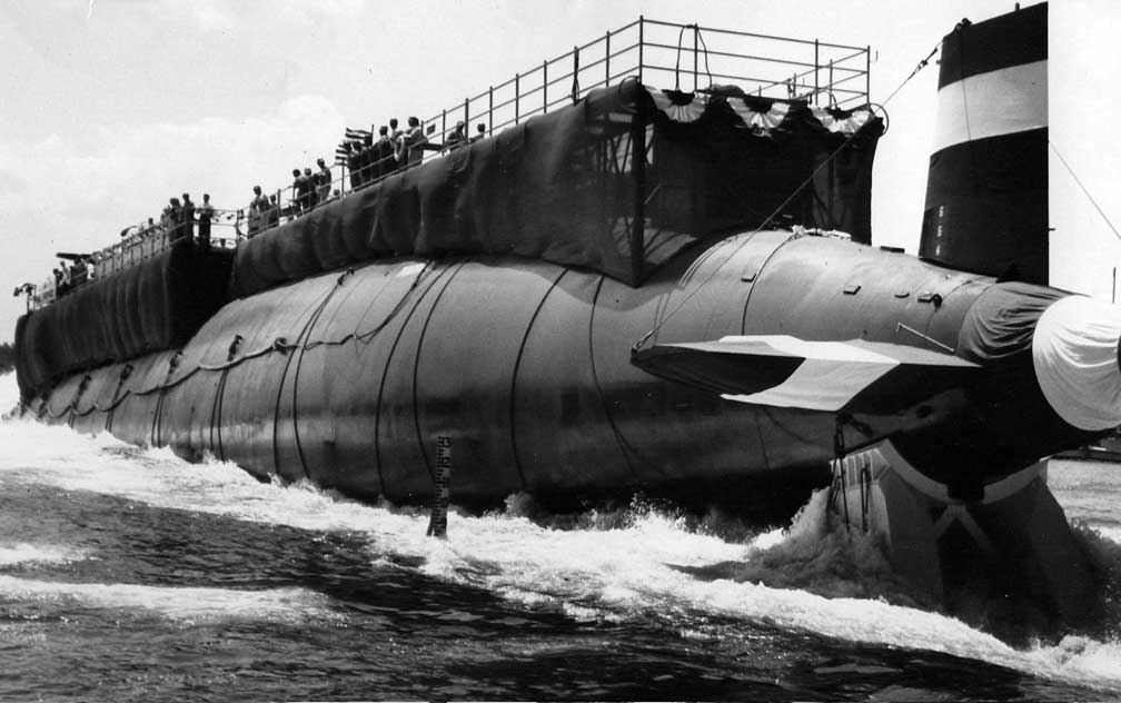 April 10 1963 USS Thresher Sinks