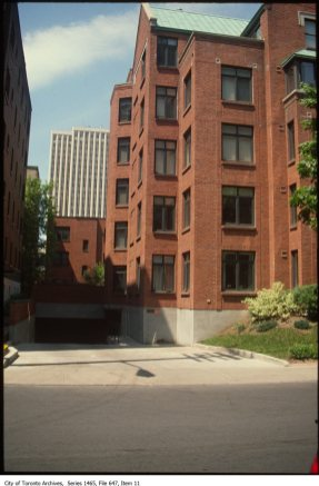 City of Toronto Archives, Former City of Toronto Fonds (200), Urban Design Photographs Series (1465) File 647, Ottawa Reference Slides.
