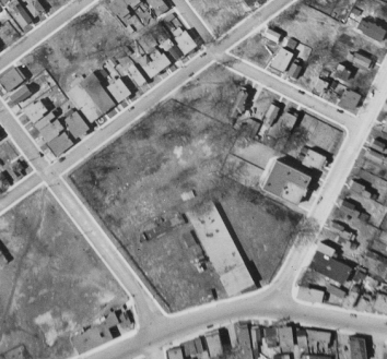 The site in 1933. Image: uOttawa / NAPL Flight A4568, Image 69.
