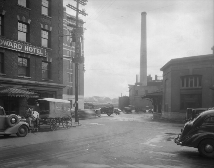 Some spatial context, c. 1940. End of Besserer St, from Little Sussex. Image: Public Works / LAC Accession 1979-140 NPC CP-1069(222).