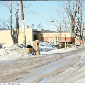 Image: City of Toronto Archives / Etobicoke Fonds (213), Etobicoke Clerk's Photographs (Series 1464), File 1, Item 12 (c. 1956).