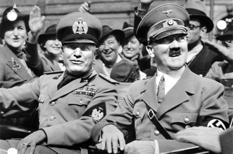 https://i0.wp.com/www.historytoday.com/sites/default/files/Bundesarchiv_Bild_146-1969-065-24,_M%C3%BCnchener_Abkommen,_Ankunft_Mussolini.jpg