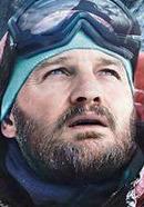 Jason Clarke as Rob Hall