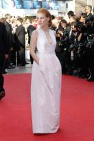 jessica_chastain_cannes_red_carpet_2012_17r8lgq-17r8lj8