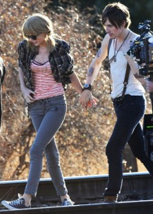 Taylor Swift at I Knew You Were Trouble video set