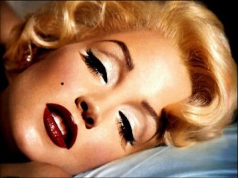marilyn-monroe-glamourous-make-up-sexy-Favim.com-535813