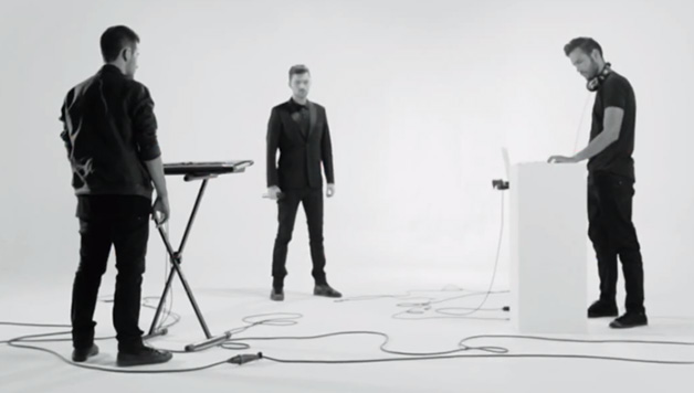 Nicolas Costa ft Freaky Fortune - In A World Without You (video clip) HitChannel