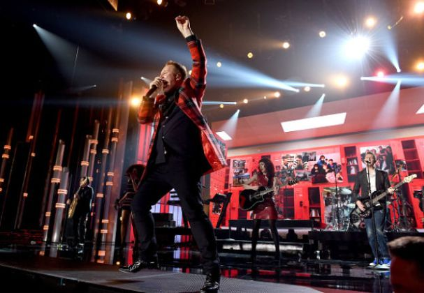 Billboard Music Awards 2015 Simple Minds
