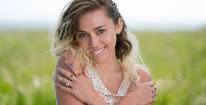 Miley Cyrus - Hit Channel