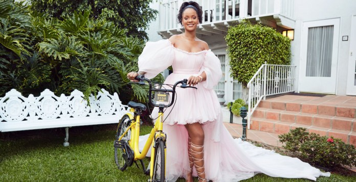 Rihanna - bike - Hit Channel