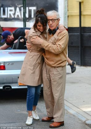 Selena Gomez - Woody Allen - Hit Channel