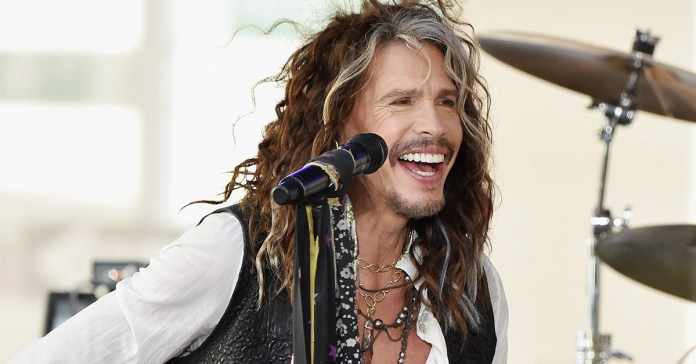 Steven Tyler - Aerosmith - Hit Channel