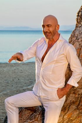 Serhat - Totally Disguise - video clip