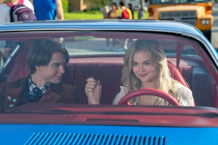 "Photo de The Babysitter: Killer Queen ""class ="" wp-image-667230 ""/> THE BABYSITTER: KILLER QUEEN (G à D) JUDAH LEWIS dans le rôle de COLE et EMILY ALYN LIND dans le rôle de MELANIE dans THE BABYSITTER: KILLER QUEEN. Cr . TYLER GOLDEN / NETFLIX © 2020      <h3 data-recalc-dims="