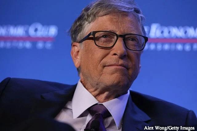"""Le fondateur principal de Microsoft, Bill Gates, participe à une discussion lors d'un déjeuner du Club économique de Washington le 24 juin 2019 à Washington, DC. Gates a discuté de divers sujets ... """"title ="""" Le fondateur principal de Microsoft, Bill Gates, participe à une discussion lors d'un déjeuner du Club économique de Washington le 24 juin 2019 à Washington, DC. Gates a discuté de divers sujets ... """"/>      <h3 data-recalc-dims="""
