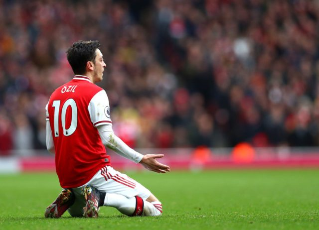 Report explains what Mesut Ozil has told his friends about his ...