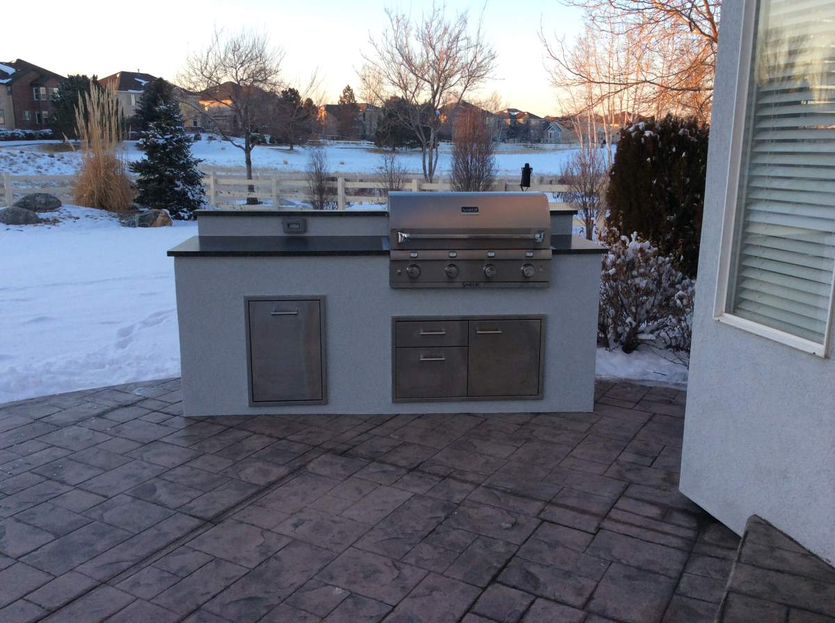 custom outdoor kitchens whirlpool kitchen appliances matches the house  hi tech appliance