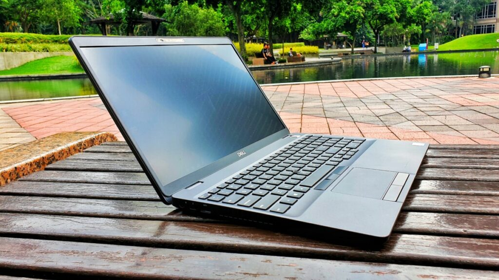 Dell Precision 3540 review - The Affordable Workstation   Hitech CENTURY