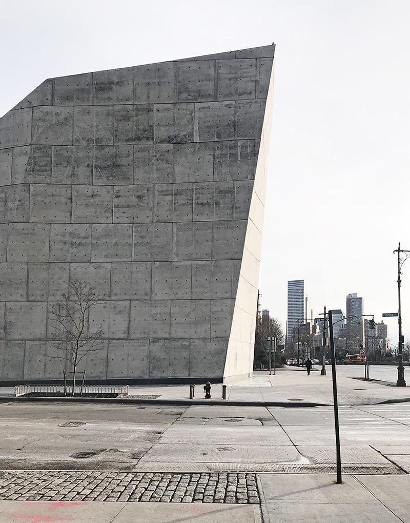ニューヨークの見逃せない美しいモダン建築 20選 前半