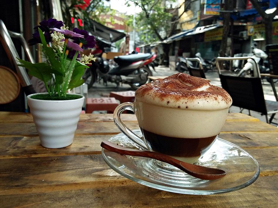 Une expérience originale à vivre à Hanoï? Goûtez au café à l'œuf.