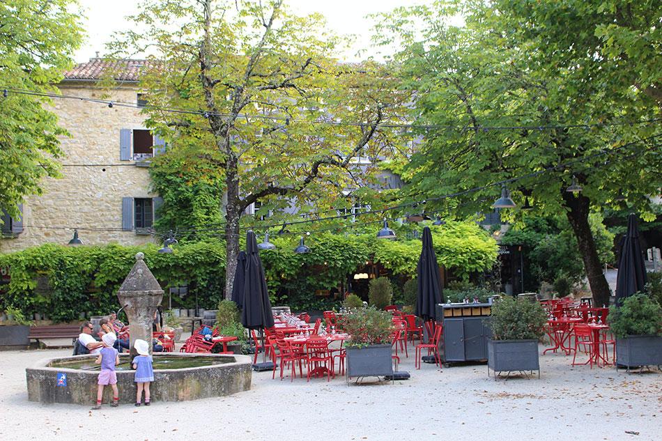 L'auberge de Banne est un des meilleurs hébergements de la région Sud Ardèche.
