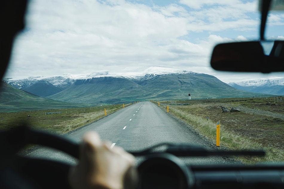 Est-il possible de rendre une voiture de location dans une autre ville?