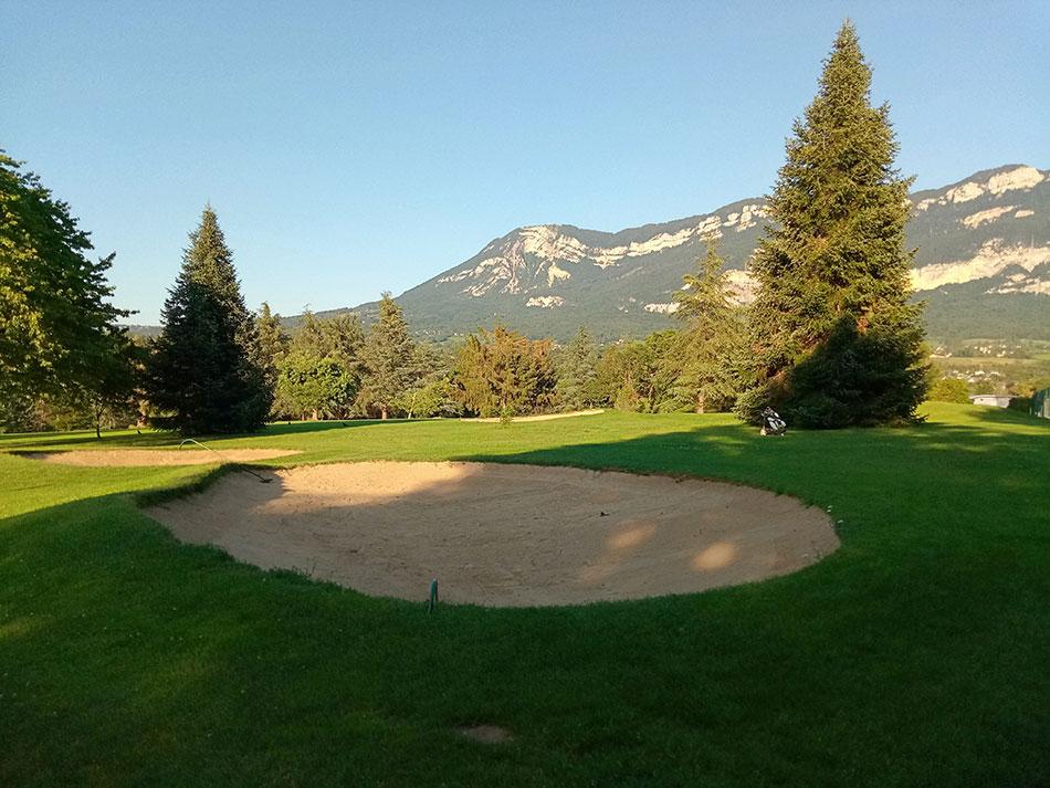 Golf 18 trous d'Aix-les-Bains dans le département de la Savoie en France