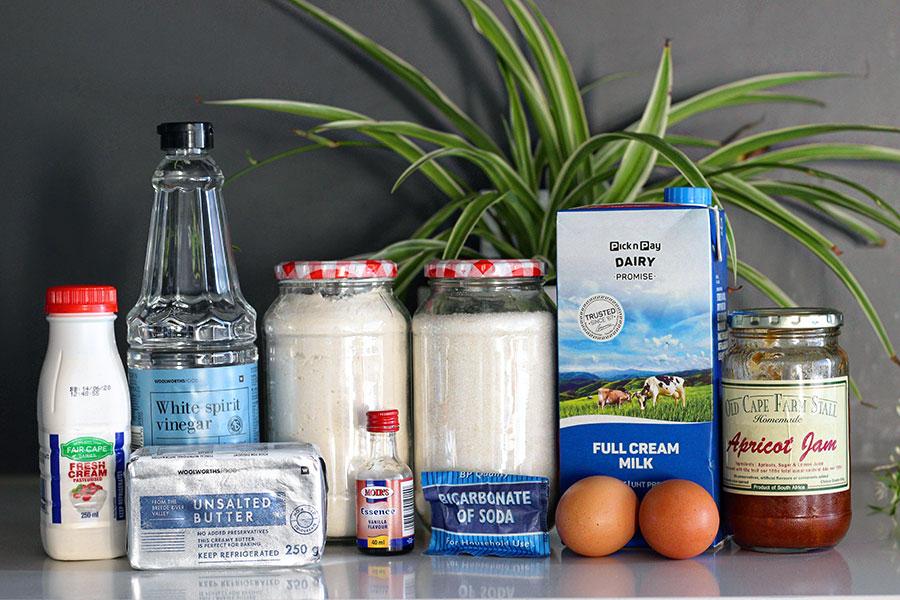 Les ingrédients pour préparer un malva pudding pour six personnes