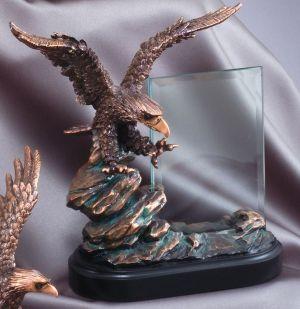 RFB806 Eagle Statue